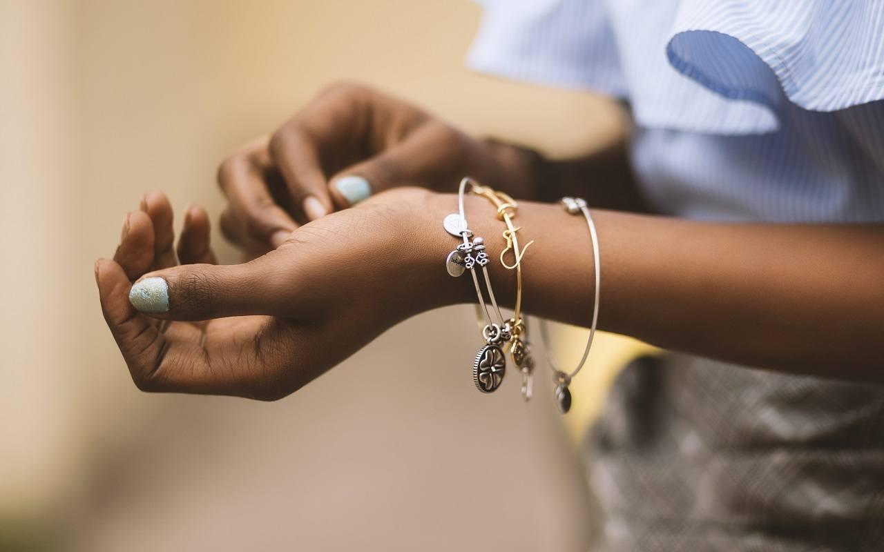 bracelets, hand, accessories