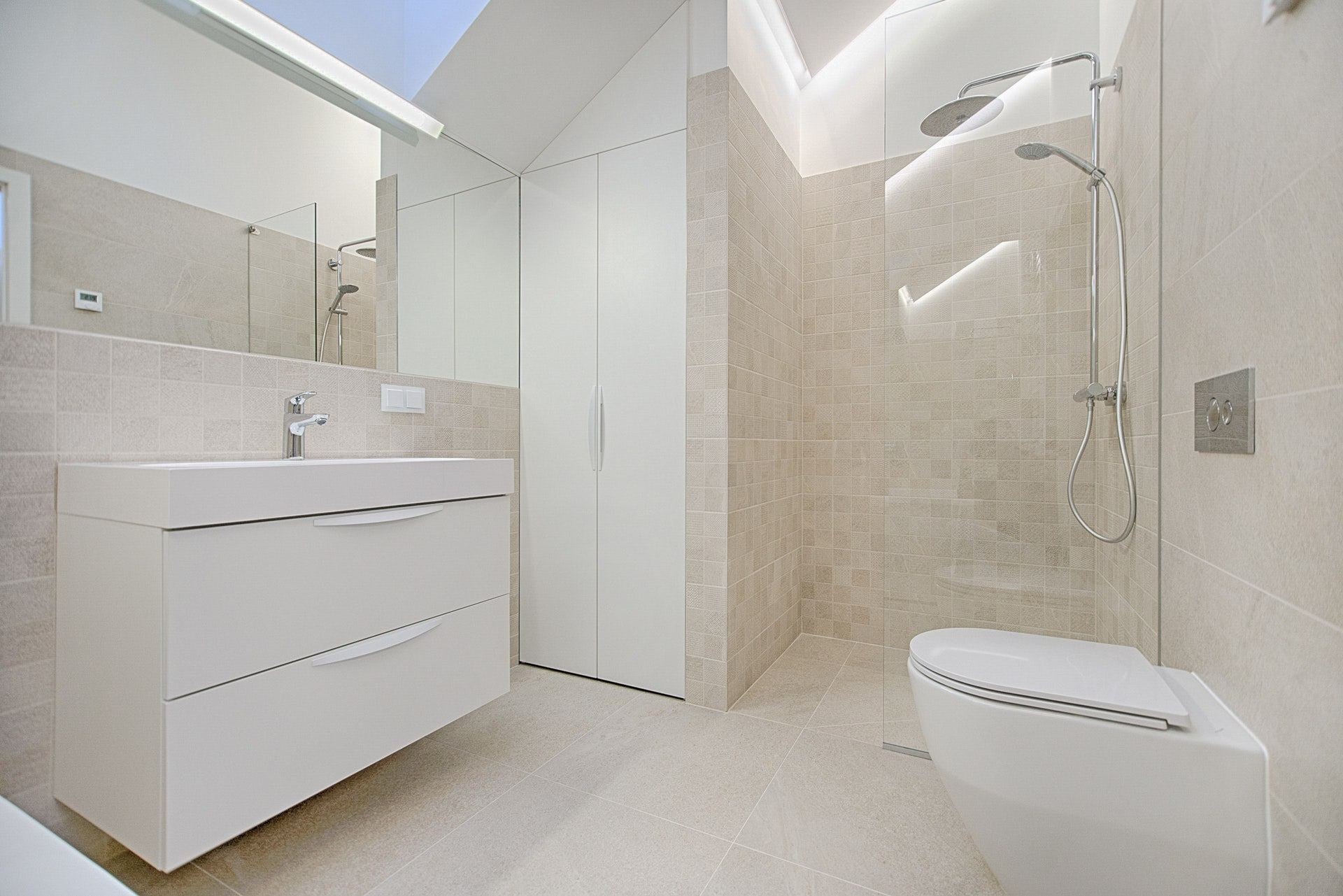Pros And Cons Of A Doorless Walk In Shower Is This Design