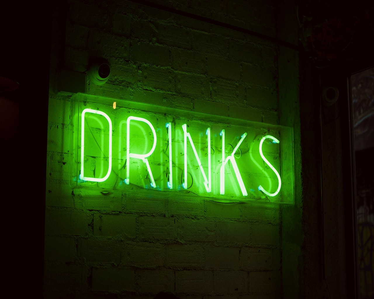 drinks, sign